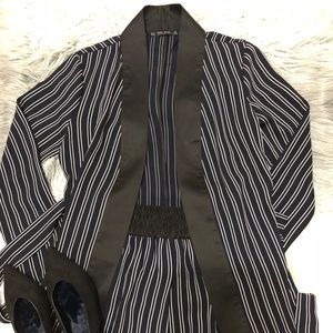 [ZARA] SET STRIPE BLAZER + SHORT PANT ❤️